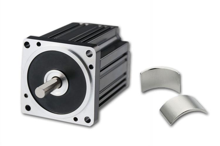 永磁直流无刷电机为何不用铁氧体磁铁,而用钕铁硼