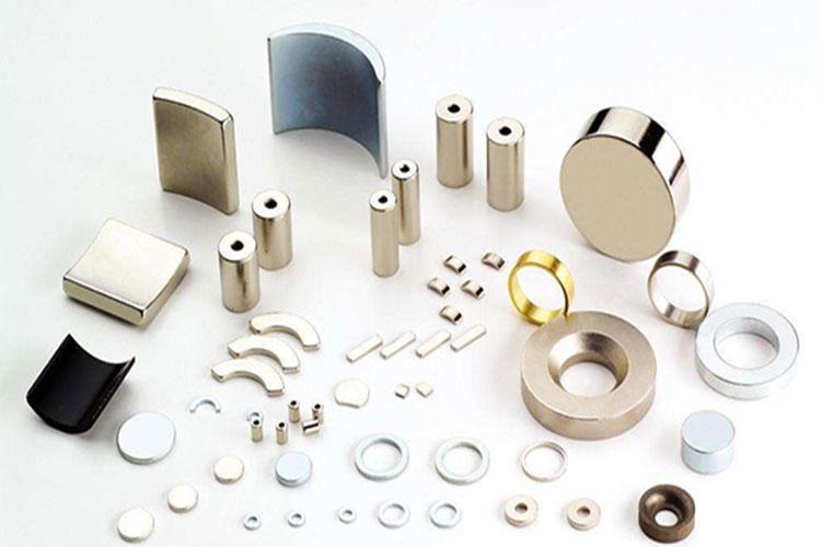 永磁直流无刷电机:几种常用永磁材料典型性能比较