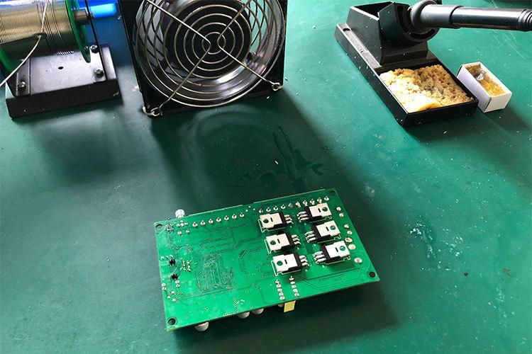 純手工直流無刷電機控制板